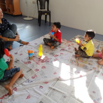 Participants getting ready to learn - Toddler Art.